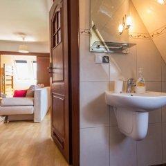 Отель Apartament Red Zakopane Косцелиско ванная фото 2
