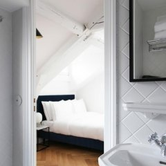 Hotel Rendez-Vous Batignolles 3* Стандартный номер фото 9