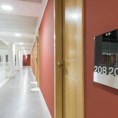 Caesars Hotel 4* Стандартный номер с двуспальной кроватью