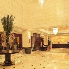Отель Jin Jiang Hotel Shanghai Китай, Шанхай - отзывы, цены и фото номеров - забронировать отель Jin Jiang Hotel Shanghai онлайн интерьер отеля фото 2