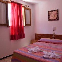 Отель Pensión Eva Номер категории Эконом с двуспальной кроватью (общая ванная комната) фото 8
