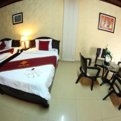 Thuy Duong Hotel 2* Стандартный семейный номер с двуспальной кроватью фото 5