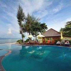Отель Thiwson Beach Resort бассейн фото 2