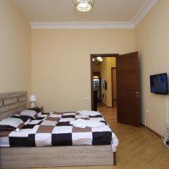 Отель Holiday Home Charenc Армения, Ереван - отзывы, цены и фото номеров - забронировать отель Holiday Home Charenc онлайн комната для гостей фото 3