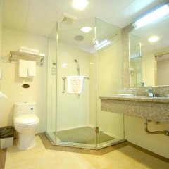 Overseas Chinese Friendship Hotel 3* Стандартный номер с различными типами кроватей фото 11
