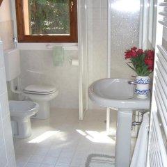 Отель Country house pisani Италия, Лимена - отзывы, цены и фото номеров - забронировать отель Country house pisani онлайн ванная