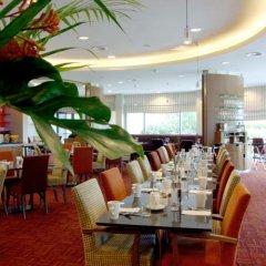 Отель Crowne Plaza Birmingham NEC питание фото 2