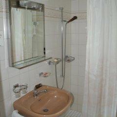 Hotel Limmathof 2* Стандартный номер с двуспальной кроватью фото 13