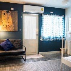 Yoo Yen Pen Sook Hostel Стандартный номер с различными типами кроватей фото 5