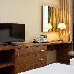 Гостиница Hilton Garden Inn Moscow Новая Рига 4* Стандартный номер с 2 отдельными кроватями фото 4