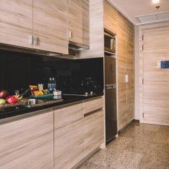 Отель Adelphi Suites Bangkok 4* Студия с различными типами кроватей фото 6