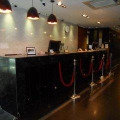 Отель Bangkok City Hotel Таиланд, Бангкок - 1 отзыв об отеле, цены и фото номеров - забронировать отель Bangkok City Hotel онлайн интерьер отеля