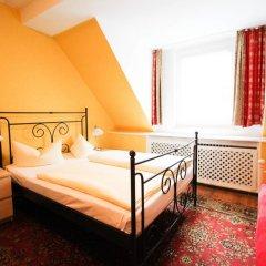 Отель Pension/Guesthouse am Hauptbahnhof Стандартный номер с двуспальной кроватью (общая ванная комната) фото 12