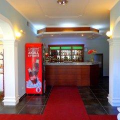 Отель Viktoria Албания, Тирана - отзывы, цены и фото номеров - забронировать отель Viktoria онлайн гостиничный бар