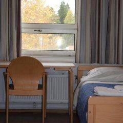 Отель Tikkurila Финляндия, Вантаа - отзывы, цены и фото номеров - забронировать отель Tikkurila онлайн комната для гостей фото 3
