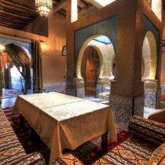 Отель Riad Kemkem Марокко, Мерзуга - отзывы, цены и фото номеров - забронировать отель Riad Kemkem онлайн интерьер отеля