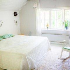 Отель Villa Tammikko Финляндия, Туусула - отзывы, цены и фото номеров - забронировать отель Villa Tammikko онлайн комната для гостей фото 4