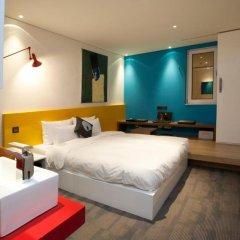 Hotel The Designers Samseong 3* Номер Делюкс с двуспальной кроватью фото 6