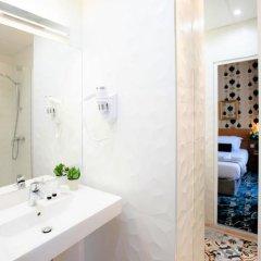 Hotel Romance Malesherbes by Patrick Hayat 3* Стандартный номер разные типы кроватей фото 14