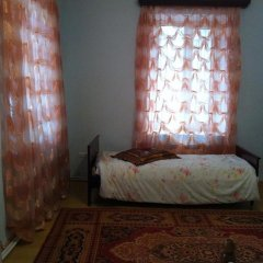 Отель Guest House on Zaryan 136 Ереван комната для гостей фото 3