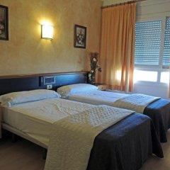 Hotel Vilobí 2* Стандартный семейный номер с двуспальной кроватью