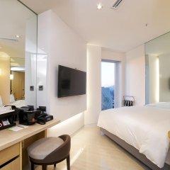Hotel ENTRA Gangnam 4* Улучшенный номер с различными типами кроватей фото 3