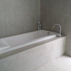 Отель White House @ Marina Phuket ванная фото 2