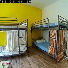 Отель European Rooms 3* Кровать в общем номере фото 15