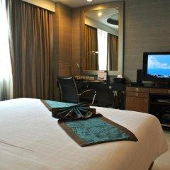 Отель FuramaXclusive Asoke, Bangkok 4* Представительский люкс с различными типами кроватей