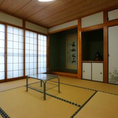 Отель Minshuku Shiratani Якусима фитнесс-зал