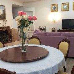 Апартаменты VIP Deribasovskaya Apartment в номере