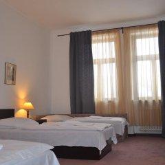Hotel Branik 3* Стандартный номер с различными типами кроватей фото 5