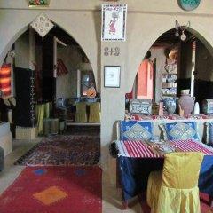 Отель Sandfish Марокко, Мерзуга - отзывы, цены и фото номеров - забронировать отель Sandfish онлайн интерьер отеля фото 3