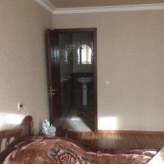 Отель Gokor B&B Стандартный семейный номер разные типы кроватей фото 4