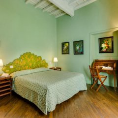 Отель Casa Howard Guest House Rome (Capo Le Case) 3* Номер Делюкс с различными типами кроватей фото 7