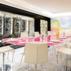 Отель Temptation Cancun Resort - Adults Only гостиничный бар фото 2