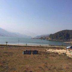 Отель Hanuman Hostel Непал, Покхара - отзывы, цены и фото номеров - забронировать отель Hanuman Hostel онлайн пляж фото 2