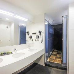Отель Room018bcn 3* Кровать в женском общем номере с двухъярусной кроватью фото 3
