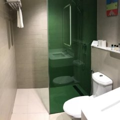 Отель Park Inn by Radisson New Delhi Lajpat Nagar Индия, Нью-Дели - отзывы, цены и фото номеров - забронировать отель Park Inn by Radisson New Delhi Lajpat Nagar онлайн ванная фото 2