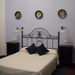 Отель Alvar Fanez Убеда комната для гостей