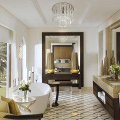 Отель One And Only The Palm Полулюкс