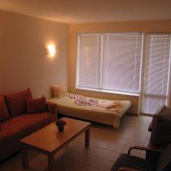 Апартаменты SB Rentals Apartments in Blue Marine Complex Солнечный берег комната для гостей