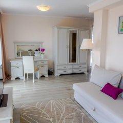 White Rock Castle Suite Hotel 4* Стандартный номер двуспальная кровать фото 3