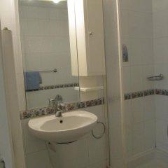 Отель Villa Sunset Болгария, Варна - отзывы, цены и фото номеров - забронировать отель Villa Sunset онлайн ванная