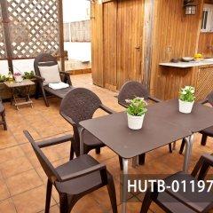 Отель Fira Turistic House Оспиталет-де-Льобрегат бассейн