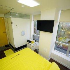 Отель 24 Guesthouse Seoul City Hall 2* Номер Делюкс с различными типами кроватей