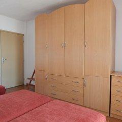Отель Villa Snejanka сейф в номере