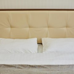 Three Crowns Hotel комната для гостей фото 7