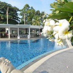 Welcome Plaza Hotel бассейн фото 3