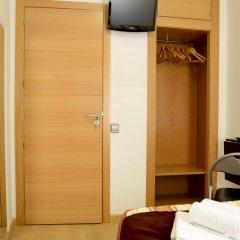 Отель Hostal Patria Madrid Испания, Мадрид - отзывы, цены и фото номеров - забронировать отель Hostal Patria Madrid онлайн удобства в номере фото 2